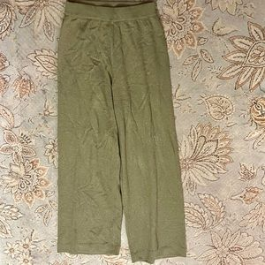 """Almost """"Like New!"""" TSE Olive  Green 100% Cashmere Pull On Loungewear/Pants"""